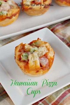 Hawaiian Pizza Cups | Can't Stay Out of the Kitchen | we had these fantastic #pizza #appetizers