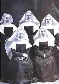 Vintage photo of nuns