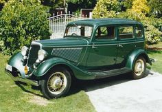 1934 Ford Model 18 Ford produced three cars between 1932 and 1934: the Model B, Model 18 & Model 40.… / MAD on Collections - Browse and find over 10,000 categories of collectables from around the world - antiques, stamps, coins, memorabilia, art, bottles, jewellery, furniture, medals, toys and more at madoncollections.com. Free to view - Free to Register - Visit today. #Cars #Ford #MADonCollections #MADonC