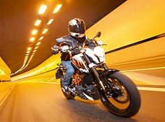 The one for all bike, 390 Duke is another name in upcoming bikes in the country. It is a perfect combination of power and performance along with comfortable handling.