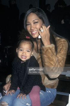 2000s Fashion Trends, Early 2000s Fashion, New Yorker Street Style, Mixed People, Kimora Lee Simmons, Best Fashion Designers, Celebrity Kids, Black Families, Hip Hop Fashion