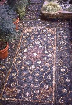 Pebble mosaic by landscape architect, Jeffrey Bale! a Persian rug made out of pebbles! Garden Paths, Garden Art, Garden Landscaping, Garden Mosaics, Rocks Garden, Garden Stones, Pebble Mosaic, Stone Mosaic, Mosaic Walkway