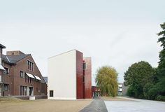 51N4E, Kindergarten and a home for the elderly in Nevele