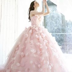 7dab96faf If you're looking for a lovely princess-worthy gown, you can't miss this  one from Kiyoko Hata!