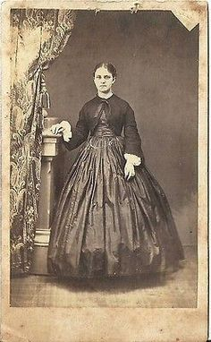Click Here. Double your traffic. Get Vendio Gallery - Now FREE! ANTIQUE CDV PHOTO CARTE DE VISTA PHOTO OF----VERY CLEAR PHOTO OF A BEAUTIFUL YOUNG WOMAN STANDING IN LOVELY LARGE HOOP DRESS-- LOCATION-