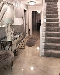 1 million+ Stunning Free Images to Use Anywhere Stairs Design Interior, Home Room Design, Home Decor Inspiration, Home Living Room, Hall Decor, Grey Home Decor, House Interior, House Interior Decor, Decor Home Living Room