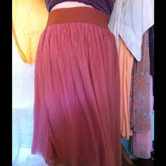 Coral Maxi Skirt Fits up to 3X. A chiffon layered maxi skirt in coral. Looks new, but is untagged. Unlisted Skirts Maxi