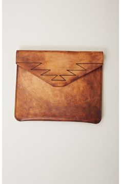 LEATHER MOUNTAIN CLUTCH