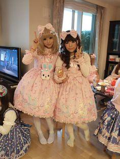 sweet lolita, twin dresses