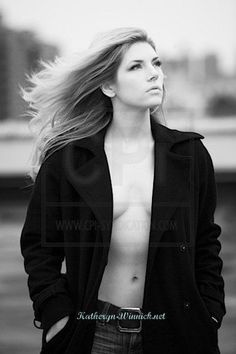 Is Katheryn Winnick Married or In a Relationship, Who is Her Husband or Boyfriend – Celebrities Woman Lagertha, Glamour Photography, Photography Women, Portrait Photography, Beautiful Celebrities, Most Beautiful Women, Beautiful Actresses, Canadian Actresses, Actors & Actresses