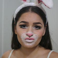 Já viram meu vídeo com essa make no canal? Dá uma olhadinha mana é beeem rapidnho e explicativo prometo.  youtube.com/itfalida  #maquiagem #maquiagemx #universodamaquiagem_oficial #pausaparafeminices #beleza #makeup #makeupartist #makeupaddict #makeupmurah #makeupforever #makeupartistsworldwide #beautyblogger #hudabeauty #amrezy #vegas_nay #beauty #wakeupandmakeup #undiscovered_muas #motd #makeupbyme #glam #style #beautyblog #instamakeup #makeuponfleek #beautyguru#loucaspormaquiagem…