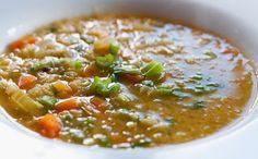 Varomeando: Sopa de verduras con lentejas y arroz