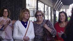 Este domingo #Pasilloparamamá Madrid, Coat, Sweaters, Jackets, Women, Fashion, Equal Opportunity, Domingo, People