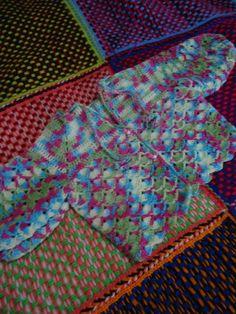 Casaquinho De Crochê - Mesclado   Carmela Arte & Cia   Elo7