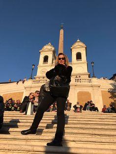 Lara Fabián Vacanze Romane February 17, 2017. Roman, February, Singers, Style