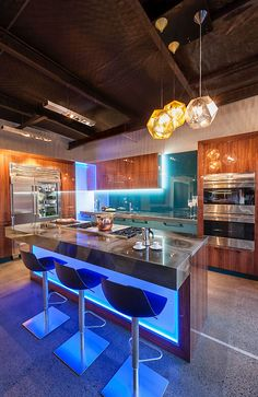 """penthouse kitchen to die for- Well, it's very nice. But, I wouldn't exactly""""die for it."""" LOL"""
