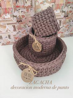 Straw Bag, Baskets, Handmade, Crochet Baskets, Wicker, Beautiful Things, Knits, Basket, Jars