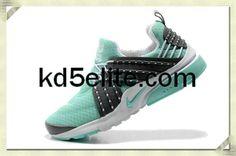 Nike Air Presto Womens Tiffany Blue Carbon Black 579915 015 Tiffany Blue Shoes, Air Presto, Star Shoes, Carbon Black, Nike Shoes Cheap, Nike Free, Sneakers Nike, Sports Shoes, Stars