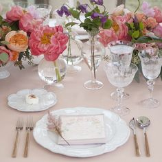 On the Table : Table Top Inspiration :: This is Glamorous