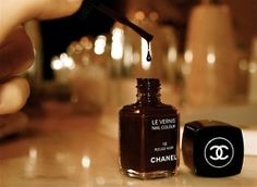 black chanel polish