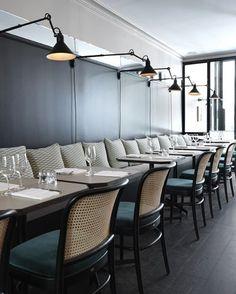 masculine dining | velvet seat cusions | green black cream | manger | Marie Deroudilhe