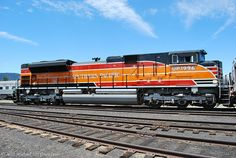 Union Pacific (Southern Pacific Heritage Scheme). Favorite loco! i love this!