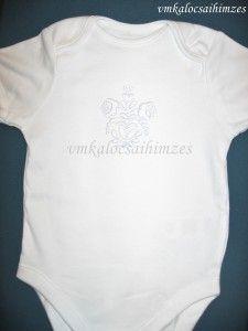 Kézzel hímzett fehér kalocsai baba body (1)