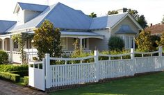 Garden Fence Kent and Modern Fence Design Ideas.