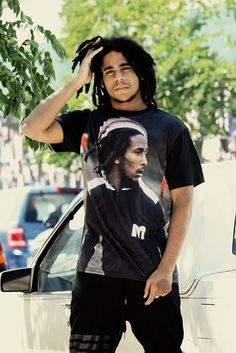Skip Marley, wearing his grandfathers T Shirt Skip Marley, Marley And Me, Marley Brothers, Jamaica, Reggae Bob Marley, Marley Family, Damian Marley, Reggae Artists, Robert Nesta
