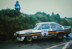 Legendary Escort as driven by Ari Vatanen! Ford Motorsport, John Collins, Classic Race Cars, Ford Escort, Manx, F1 Racing, Rally Car, Car And Driver, Retro Cars