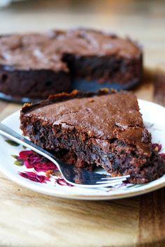 glutenvrije en suikervrije chocoladetaart