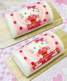 Hello kitty roll cake ~