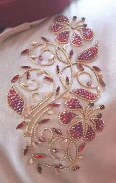 Best Pictures Beadwork embroidery Popular Thread tension can easily make a huge . - Best Pictures Beadwork embroidery Popular Thread tension can easily make a huge affect on how your - Zardozi Embroidery, Hand Embroidery Dress, Embroidery Neck Designs, Tambour Embroidery, Bead Embroidery Patterns, Couture Embroidery, Creative Embroidery, Pearl Embroidery, Bead Embroidery Jewelry