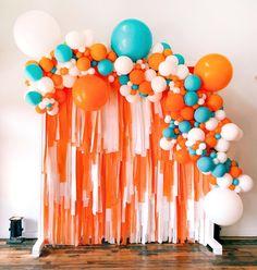 Home Interior Colour Get yourself a team that celebrates like this Interior Colour Get yourself a team that celebrates like this Ballon Arch, Balloon Wall, Balloon Garland, Streamer Backdrop, Photo Booth Backdrop, Birthday Balloons, 1st Birthday Parties, Balloon Arrangements, Balloon Decorations Party