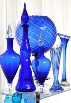 Zainido Vintage's Glass Studio - Oakland, CA Cobalt Glass, Cobalt Blue, Glas Art, Antique Glass, Antique Bottles, Vintage Bottles, Vintage Perfume, Art Vintage, Crystal Glassware