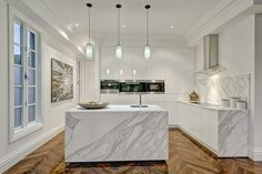 White white marble kitchen, simply great.