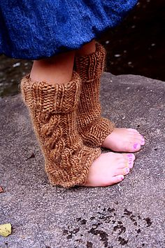 Ravelry: Cap A Chinos Legwarmers Child sizes pattern by Melissa Schaschwary