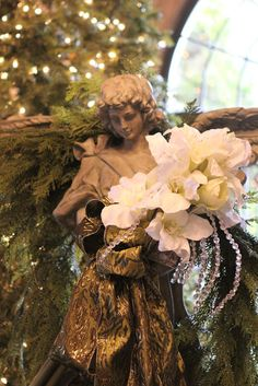 Romancing the Home: Christmas at the Schweppe Mansion