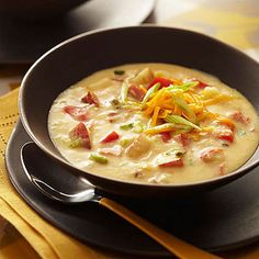 Diabetic Recipes for Fall Diabetic Living Online Hearty Ham and Potato Soup Diabetic Soups, Diabetic Snacks, Healthy Snacks For Diabetics, Healthy Eating, Diabetic Cake, Pre Diabetic, Diabetic Recipes For Dinner, Fall Recipes, Soup Recipes