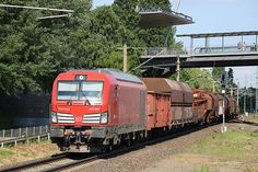 Trains and locomotive database and news portal about modern electric locomotives, made in Europe. Electric Locomotive, Diesel Locomotive, Db Ag, German, Adventure, Europe, Trains, Train, Deutsch