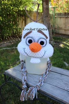 Halloween crochet hat of Frozen Olaf that you will need for 2014 Halloween costume #Halloween