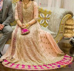 Lehenga is a traditional dress of South Asian countries. There are a large number of designers that designs the traditional Lehenga dress. This Lehenga is also Pakistani Bridal Dresses Online, Pakistani Bridal Wear, Pakistani Outfits, Indian Outfits, Pakistani Couture, Pakistani Clothing, Asian Wedding Dress, Asian Bridal, Wedding Dress Trends