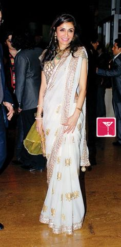 Desipolitan - Queenie Dhody in white sari with lotus embellishments and contrasting brocade blouse