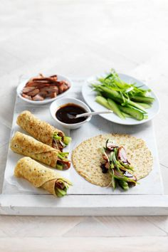 Peking Duck Crepe Wraps pancakes with cucumber and green onion, roasted duck and hoisin sauce. Wrap Recipes, Asian Recipes, Ethnic Recipes, Crepes, Roasted Duck Recipes, Creative Gourmet, Peking Duck, Brunch, Asian Cooking