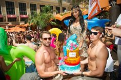 It's been a weekend-long early 34th birthday celebration for former Pussycat Dolls lead singer Nicole Scherzinger, and other celebrities joined in her ...