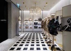 Valentino New Store Concept Valentino Store, Store Concept, Duomo Milano, Boutique Interior Design, Luxury Store, Valentino Garavani, Retail Concepts, Retail Space, Commercial Design