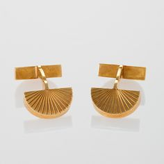 Cartier Paris Gold Cuff Links.  Available exclusively at Macklowe Gallery.