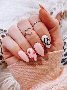 Lovely Valentine's Day Nail Ideas * 2020 - Elegant Life French Nail Designs, Beautiful Nail Designs, Beautiful Nail Art, Cool Nail Designs, Toe Nail Art, Toe Nails, Long Gel Nails, Nail Tattoo, Heart Nails