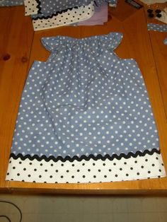 Dori's version of the Pillowcase Dress. - Pinching Your Pennies Forums