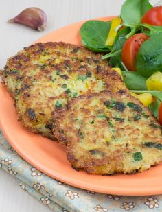 Morning of Wedding. Quinoa Scallions Fritters -These crispy quinoa fritters pack a lot of flavor, thanks to lots of scallion and cilantro. If you have quinoa cooked ahead of time, this comes together in a snap. Greek Recipes, Veggie Recipes, Whole Food Recipes, Vegetarian Recipes, Cooking Recipes, Healthy Recipes, Vegan Meals, Vegan Food, Healthy Meals